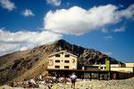 Berghaus Diavolezza 2973 m Start- und Endpunkt der Piz Palü Hochtour