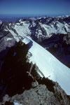 Grat vom Pic Lory 4086 m zum Dome de Neige 4015 m
