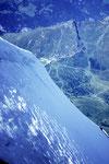 Tiefblick auf Kl. Scheidegg 2061 m; Höhenunterschied 1910 m !
