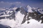Matterhorn 4478 m, Wellenkuppe 3903 m und Obergabelhorn 4063 m - Abschiedsblick.