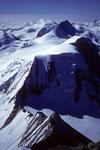 Allalinhorn 4027 m, Rimpfischhorn 4199 und Gipfelplateau des Alphubel 4206 m