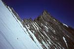 Alpinist solo in der Lenzwand mit  NW-Grat zum Nadelhorn 4327 m