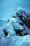 Jungfräulicher Aufstiegsgrat zum Gipfel.