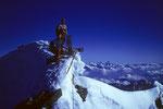 Dankbare Glücksmomente am Gipfelkreuz