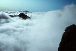 Berge versinken im Wolkenmeer