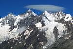 Täschhorn 4491 m, Dom 4545 m, Lenzspitze 4294, Nadelhorn 4327 m von der Weissmieshütte 2726 m