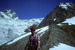 Abstieg ins Tal mit Rückblick zur Rifugio Aosta 2781 m.