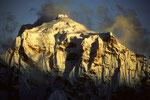 Taboche 6542 m - Tele -  im letzten Sonnenlicht