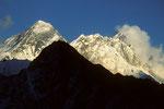 Mount Everest 8848m und Lhotse 8501 m vom Gokyo Ri 5483 m