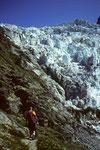 Aufstieg zur Schreckhornhütte 2530 m am Oberen Eismeer