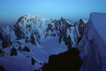 Montblanc 4807m vor Sonnenaufgang vom Rochefortgrat