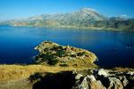 Insel Akdamar mit Heiligkreuzkirche im Vansee