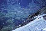 Lauper Eisfeld mit Tiefblick auf Grindelwald 1034 m; Höhenunterschied 2935 m !!