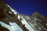Seilschaften vor dem NW-Grat zum Nadelhorn 4327 m