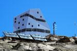 Neue SAC-Hütte Monte RosaCastor 2883 m Endziel der Tour auf die 4000er-Zwillinge