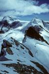 Blick über östl. Zwilling 4105m zum Castor 4226m