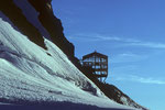 Mönchsjochhütte im Bau 3657 m