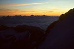 Berner Alpen vor Sonnenaufgang