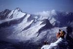 Gipfelgrat Wetterhorn 3701 m mit Schreckhorn 4078 m