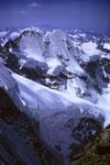 Piz Roseg 3937 m und vorne Abbruch des Scerscen-Hängegletschers