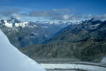 Blick nach Norden mit Gornergrat 3135m und Berner Alpen in der Ferne