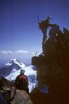 vorne Kletterkameraden im Hintergrund der Piz Palü  3905m  I