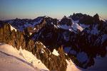 Meer der Berge im Morgenlicht