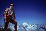Im Gipfelglück auf 4294 m vor dem Weisshorn 4505 m