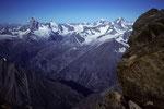 Matterhorn 4478 m, Dent d´Herens 4171 m, Montblanc 4810 m, Dent Blanche 4357m