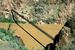 Kaibab Hängebrücke über den Colorado River, 150 m lang - Schatten -