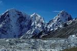 Taboche 6542 m und Cholatse 6440 m - Tele -