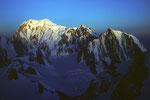 Montblanc 4807m bei Sonnenaufgang  vom Rochefortgrat