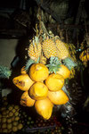 King Coconut Trinknüsse und Ananas comosus