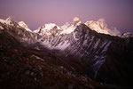 Mount Everest 8848m und Lhotse 8501 m nach Sonnenuntergang
