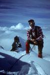 Auf dem Gipfel der Ludwigshöhe 4341 m vor dem  Schwarzhorn (Corno Nera) 4322m