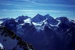 Blick vom Gipfel Pointe Burnaby 4135 m zur  Mischabelgruppe und Weissmies