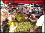 Le marché de St Paul