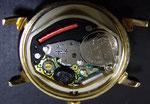電池交換後、内部はきれいにクリーニング。