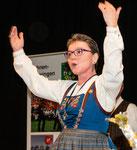 Gesamtchordirigentin Lydia Schumacher
