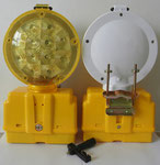 P018 B type Barricade light, powered by 2pcs 6V4R25 battery.