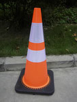 """PVCAL28R2 Interlock PVC Cone 28"""" with two reflective tape"""