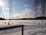 Der zugefrohrene Mözener See