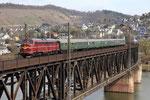 Viaduc de Bullay sur la Moselle. 5 avril 2010. Locomotive danoise My 1138 des DSB. Train 39137 Bullay - Igel - Saarburg. Cliché Pierre BAZIN