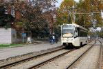 Krasnodar-T-003 : Motrice 71-619 KT n° 238 de 2006, sur la ligne 4, le long du Park Gorkiy. Cliché Pierre BAZIN, 20 octobre 2013.