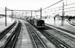 Les Aubrais. 1er septembre 1957. Locomotive BB 125. Train de marchandises du Régime Ordinaire. Cliché Gilbert Moreau. Collection Xavier Inguenaud