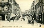 Fontainebleau-T-032 : Rue Grande.