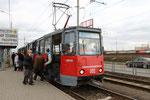 """Krasnodar-T-002 : Motrice 71-605 de 1987 n° 302 de 1987 au terminus de la ligne 4 à Kompleks """"Citi-Tsentr"""". Cliché Pierre BAZIN, 20 ocotbre 2013"""