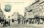 Fontainebleau-T-026 : Place de l'Etape aux Vins.
