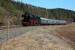 Urft. 6 avril 2013. Locomotive 141 n° 41-360 avec deux tenders. Train régulier RE 12084 Trier-Hbf - Köln Messe/Deutz. Cliché Pierre BAZIN