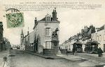 Orléans-T-001 : faubourg Bannier, place de la Bascule et monument des Aydes